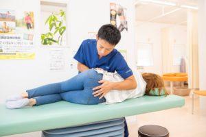 交通事故後の腰痛の施術の写真